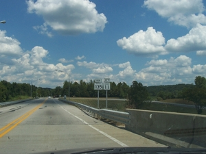 North end of KY 79 on the Matthew E. Welsh Bridge over the Ohio River (Aug. 15, 2004).